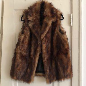 Topshop faux fur vest sz 10/L